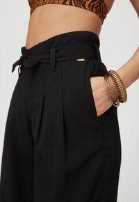 O'Neill - Trousers - black out - 3