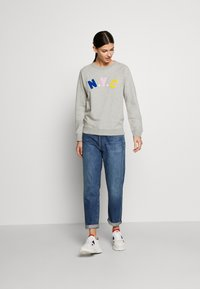 J.CREW - NYC CHENILLE EMBROIDERED - Sweatshirt - grey - 1