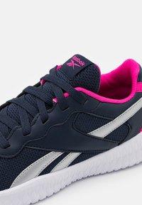 Reebok - FLEXAGON ENERGY 2.0 - Sports shoes - vector navy/silver metallic - 5