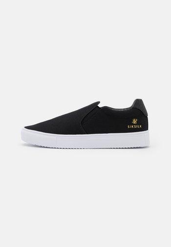 CLASSIC - Zapatillas - black