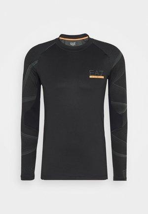 PANTALONI - T-shirt z nadrukiem - black