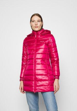 ESSENTIAL SORONA COAT - Short coat - red
