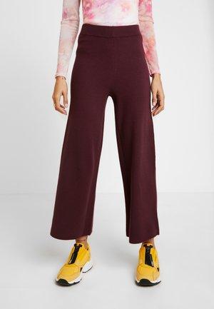 ONLNEW DALLAS PANTS  - Pantalon classique - port royale