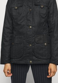 Barbour - WINTER DEFENCE - Light jacket - navy classic - 3