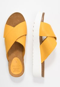 Grand Step Shoes - EMMA - Mules - sun - 3