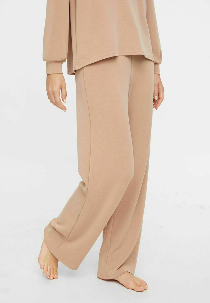 Pieces - Tracksuit bottoms - warm taupe