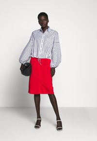 Sportmax Code - TAZZINA - Button-down blouse - weiss - 5