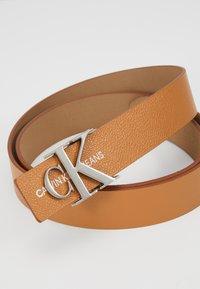 Calvin Klein Jeans - GYM CLASS MONO 30MM - Belt - brown - 2