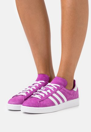 CAMPUS 80S  - Sneakersy niskie - rich mauve/footwear white