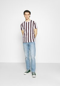Burton Menswear London - 2 PACK - T-shirt print - white - 0