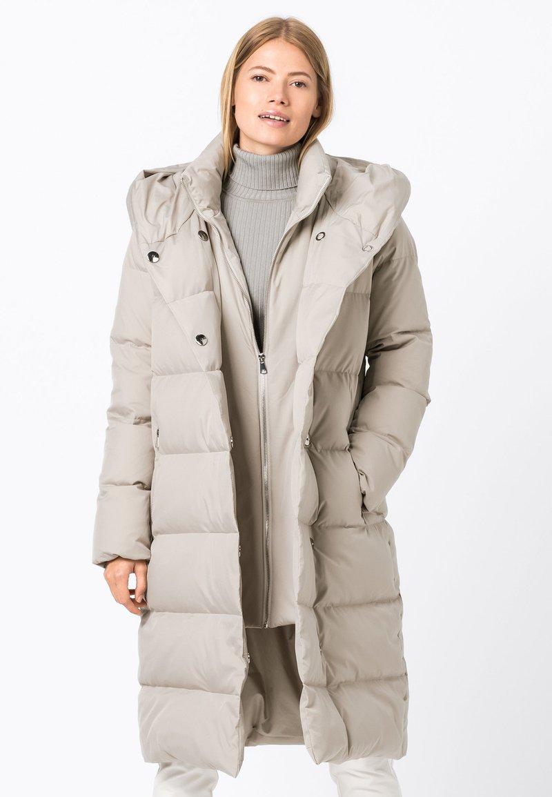HALLHUBER - Down coat - kitt