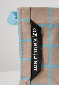 Marimekko - ILTA ISO RUUTU BAG - Sac à main - beige/turquoise - 3
