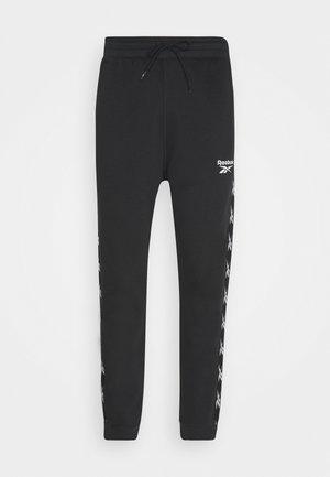 TE TAPE JOGGER - Spodnie treningowe - black