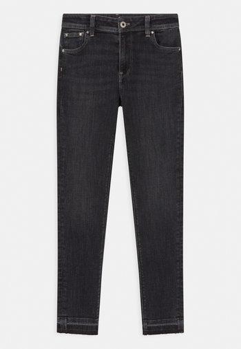 PIXLETTE HIGH - Jeans Skinny Fit - black denim