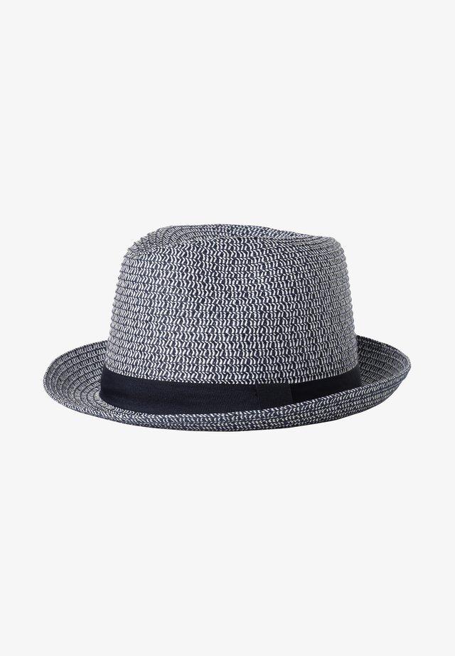Hat - black, white