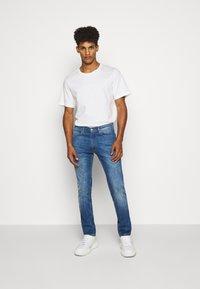 HUGO - Jeans Skinny Fit - bright blue - 1