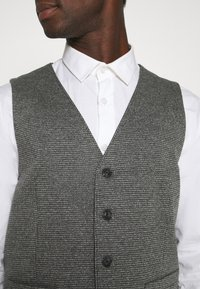 TOM TAILOR - HOUNDSTOOTH - Waistcoat - grey houndstooth - 4