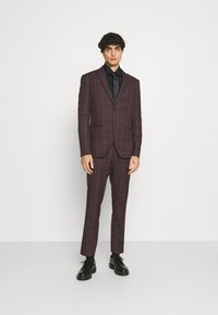 Isaac Dewhirst - SINGLE BREASTED TARTEN SUIT SET - Completo - red - 0