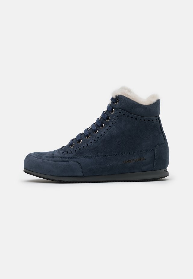 MILENA  - High-top trainers - navy