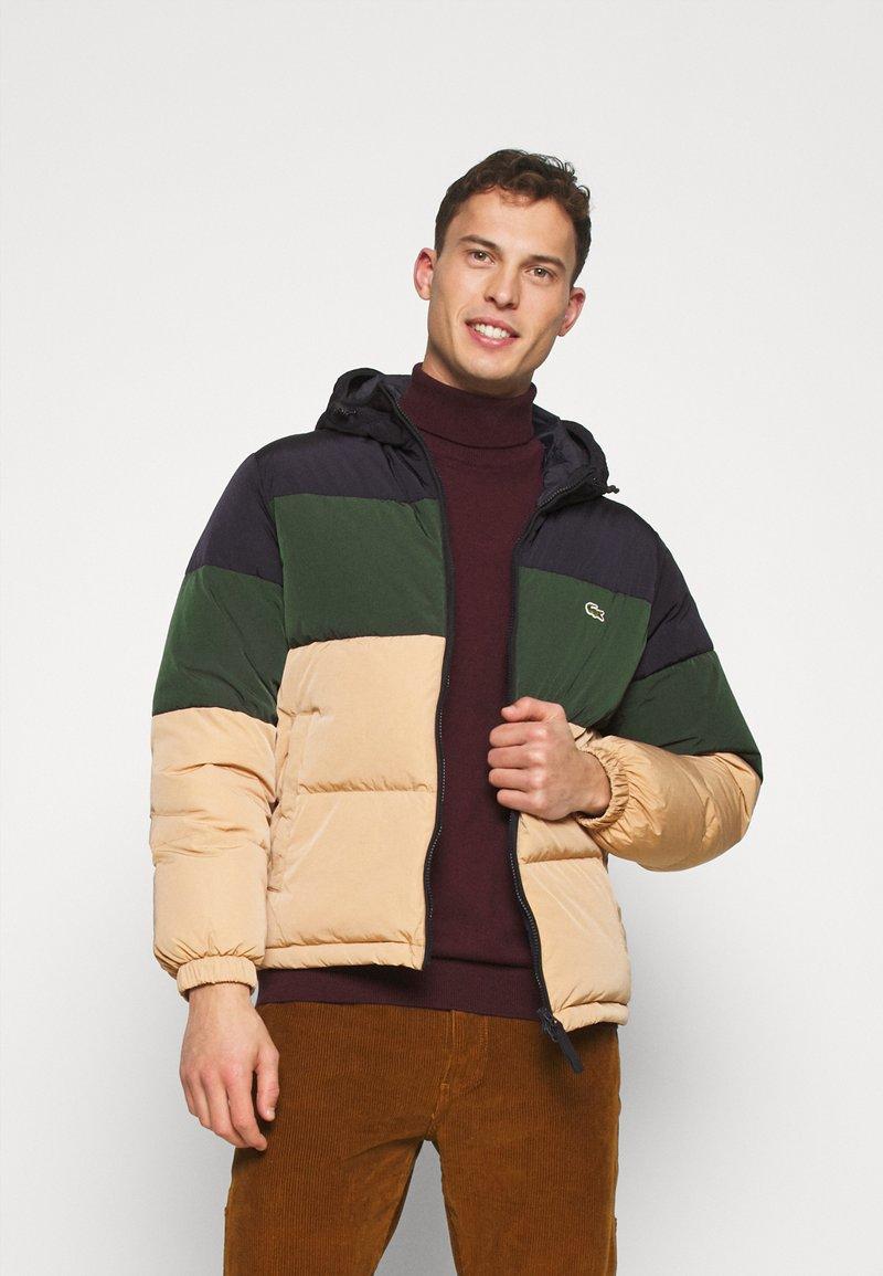 Lacoste - Down jacket - viennese/viennese-sinople-abysm