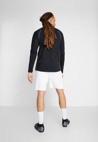 Nike Performance - PARIS ST. GERMAIN DRY SHORT - Pantalón corto de deporte - white/pure platinum/midnight navy - 2