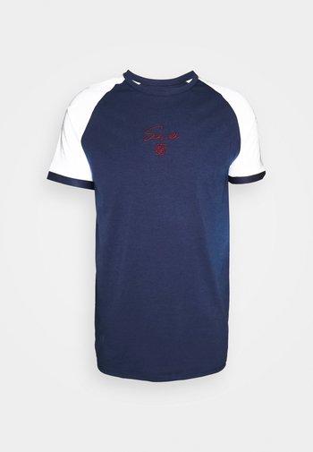 RAGLAN TECH TEE - Print T-shirt - navy