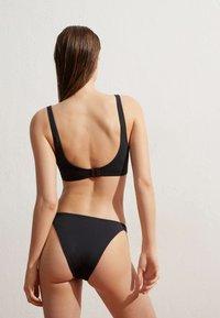 OYSHO - Bikini top - black - 2