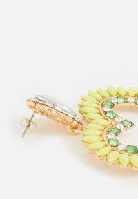 Fire & Glory - FGHEARTINIA EARRINGS - Boucles d'oreilles - gold-coloured/multi - 1
