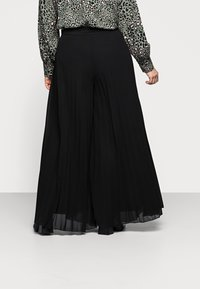 New Look Curves - WIDE LEG - Trousers - black - 2