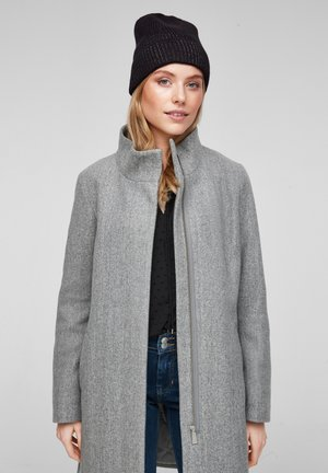 Beanie - black knit