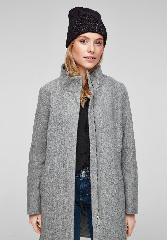 Mütze - black knit