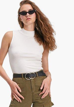MIT RUNDER SCHNALLE  - Belt - black