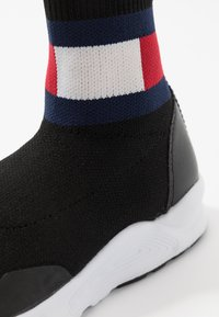 Tommy Hilfiger - UNISEX - High-top trainers - black - 5