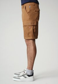 Napapijri - N-ICE CARGO - Shorts - chipmunk beige - 2