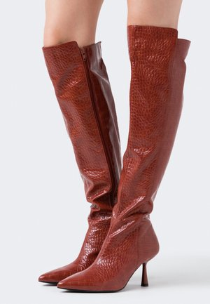 FRONT SEAM TIGHT HIGH BOOTS - Over-the-knee boots - brown