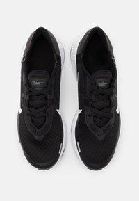 Nike Sportswear - Joggesko - black/white/dark smoke grey/iron grey - 3