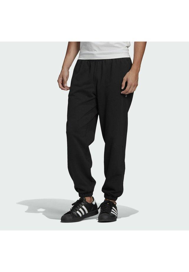 PREMIUM SWEATP TREFOIL ESSENTIALS ORIGINALS TRACK - Pantalones deportivos - black