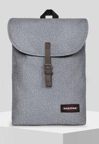 Eastpak - PRINTKNIT - Rucksack - light grey - 0