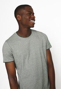 Esprit - Print T-shirt - turquoise - 3