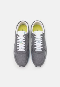 Nike Sportswear - DBREAK TYPE SE UNISEX - Sneakers - iron grey/barely volt/white/celestine blue - 3