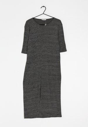 Pletené šaty - grey