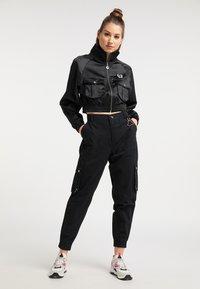 myMo - CROPPED - Light jacket - schwarz - 1