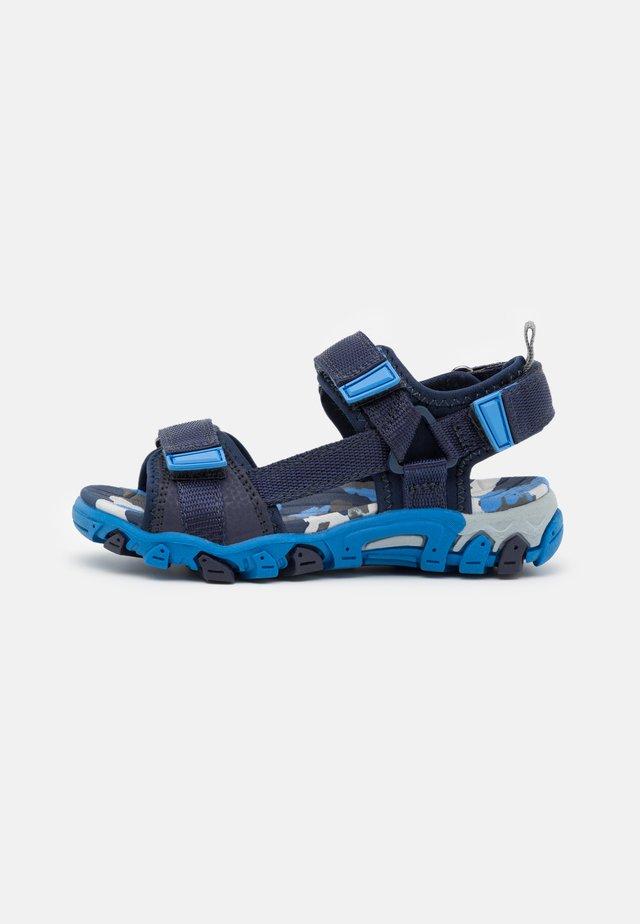HENRY - Chodecké sandály - blau