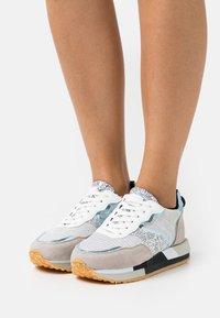 Colors of California - EVA GLITTER SIDE - Sneakers - silver - 0
