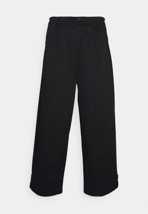 PLEAT CROPPED ADJUSTABLE  - Stoffhose - black