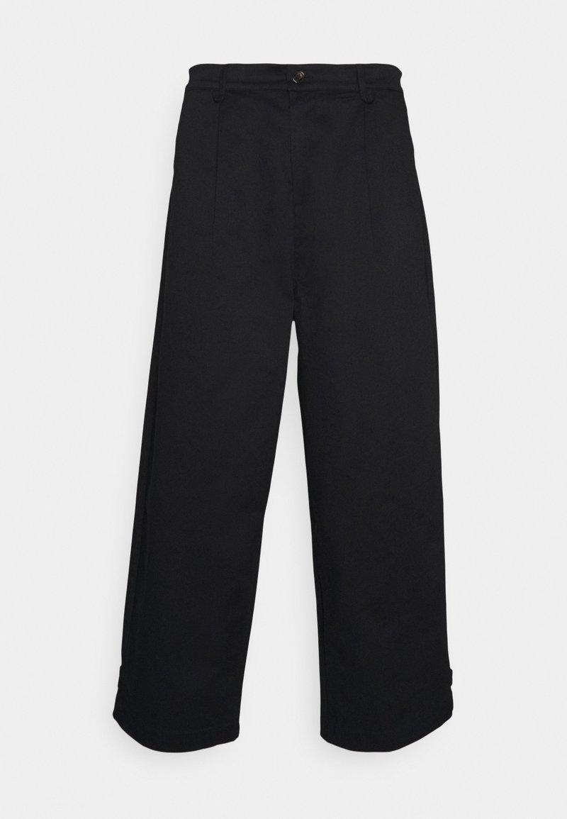 NU-IN - PLEAT CROPPED ADJUSTABLE  - Pantaloni - black