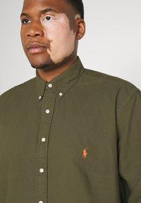 Polo Ralph Lauren Big & Tall - LONG SLEEVE SPORT SHIRT - Shirt - defender green - 4