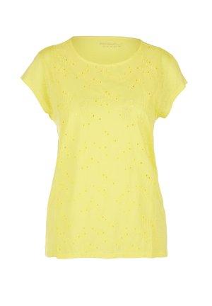 MIT LOCHSTICKEREI - T-shirt basic - yellow