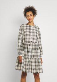 b.young - FINE DRESS  - Shirt dress - birch - 0