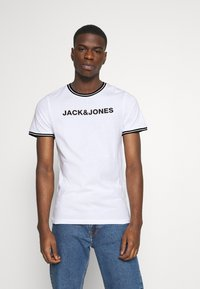 Jack & Jones - JCOCLEAN TEE CREW NECK - T-shirt print - white - 0